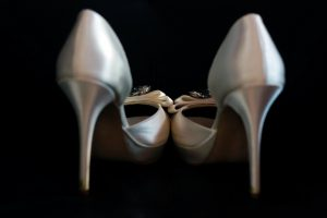 don't we just love wedding shoes !!!!